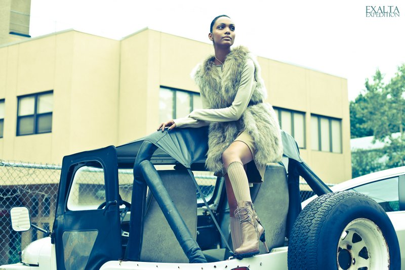 vixen- E X A L T A Fashion Editorial  - Adha Zelma Foxy Necklace